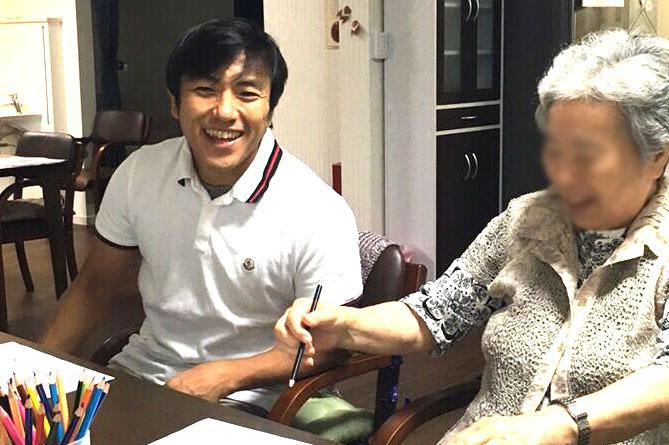 東京で老人ホームの相談を承る浅尾です。